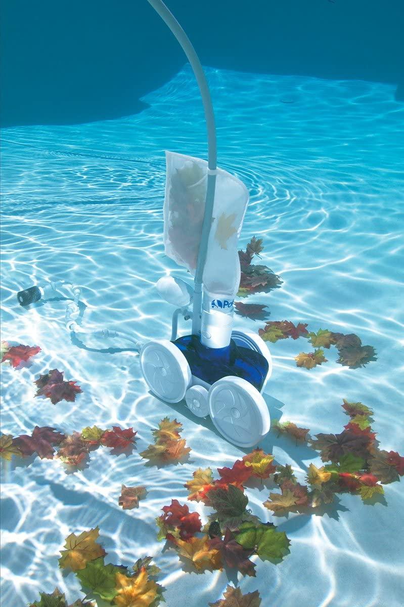 nettoyeur-fond-piscine-efficace